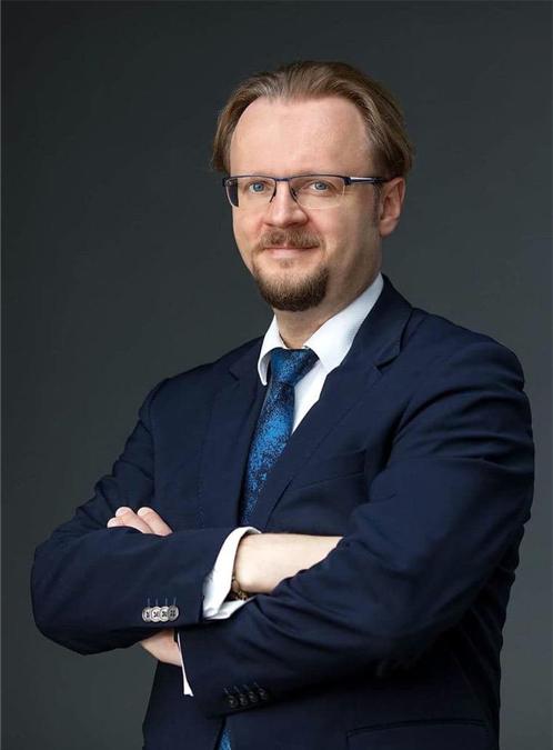 Эксперт страхового рынка России Лебедев Денис